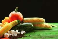 """Вкусные рецепты: Салат""""Гватемала"""", """"Колбаса"""" из тунца., Желе из яблок с корицей и изюмом"""